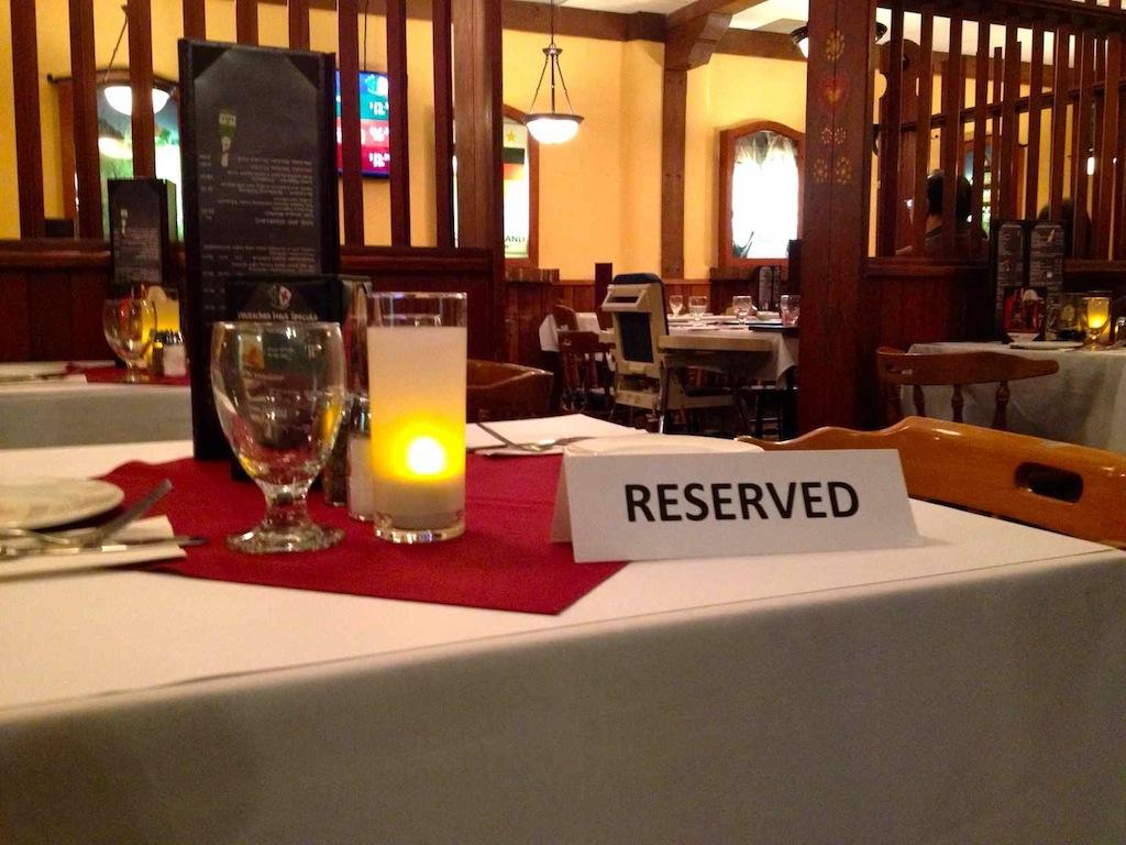 Arbeiten in Kanada – und plötzlich Kellnerin in einem deutschen Restaurant.
