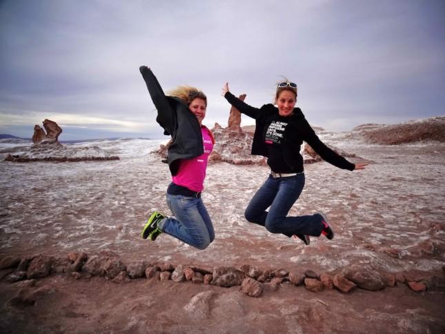 Freundinnen auf Weltreise: Nina und Steffi in San Pedro de Atacama.