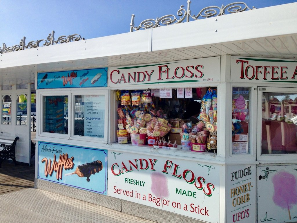 Urlaub in Brighton: Zuckerwatte und Waffeln auf dem Brighton Pier