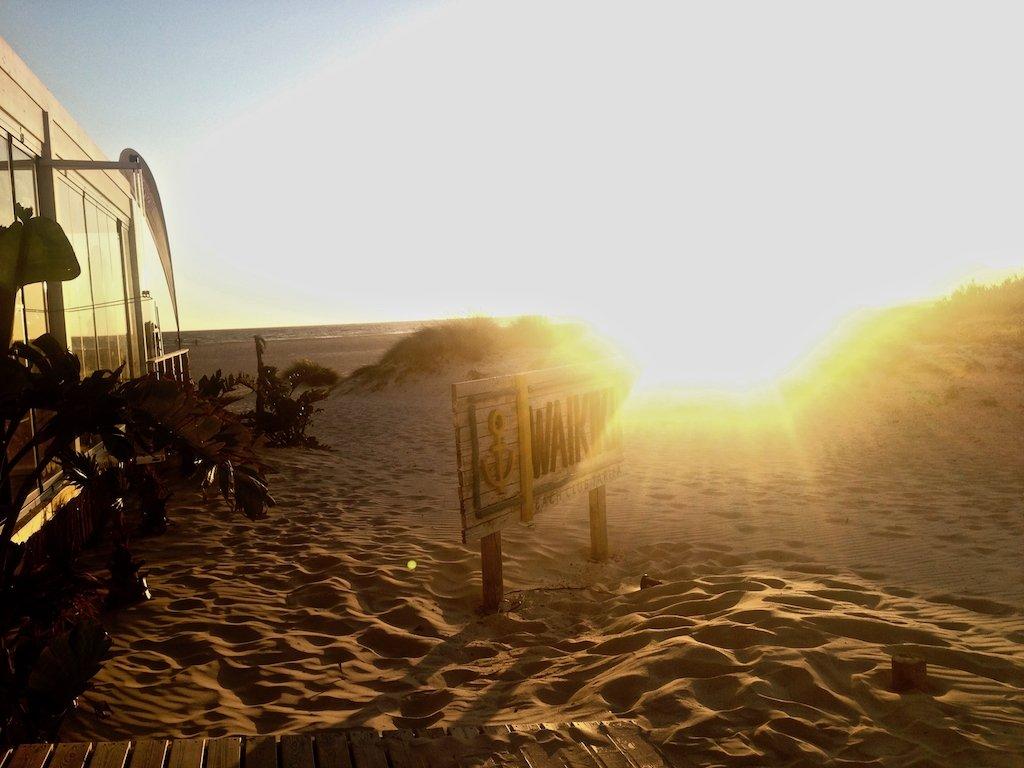 Sonnenuntergang im Waikiki Beach Club