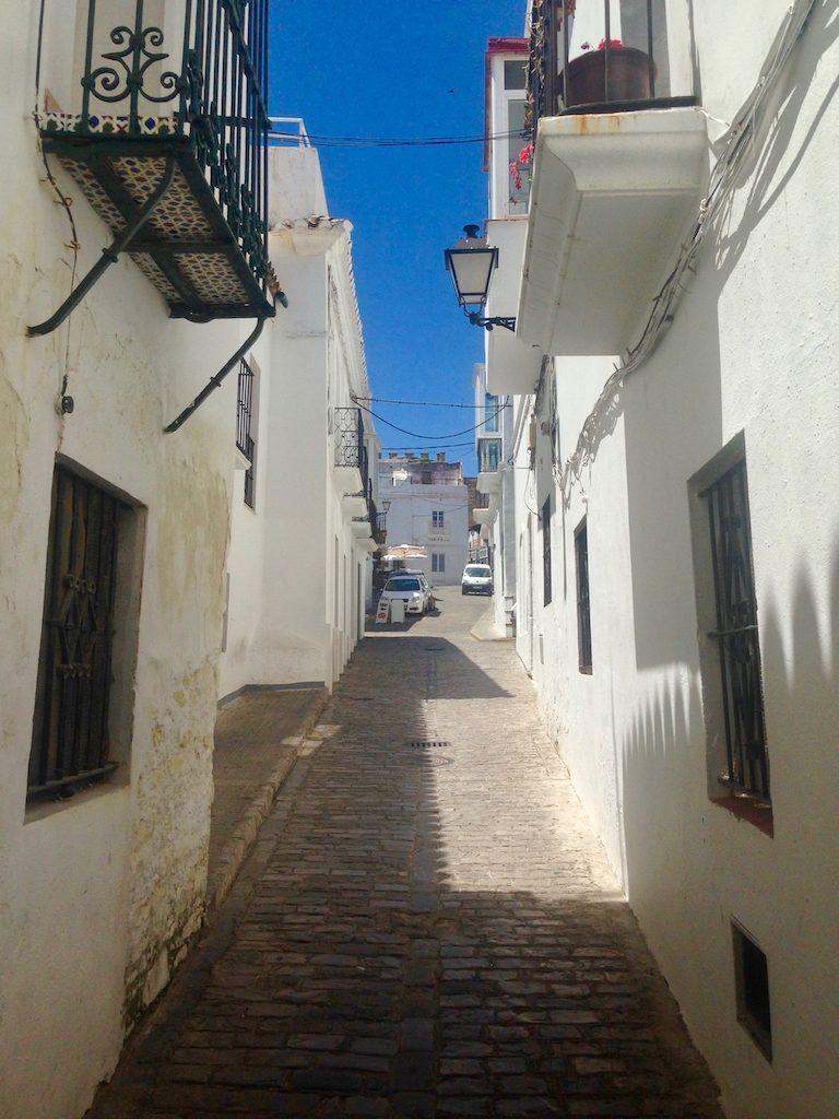 Allein in Tarifa, weiße Häuser in der Altstadt