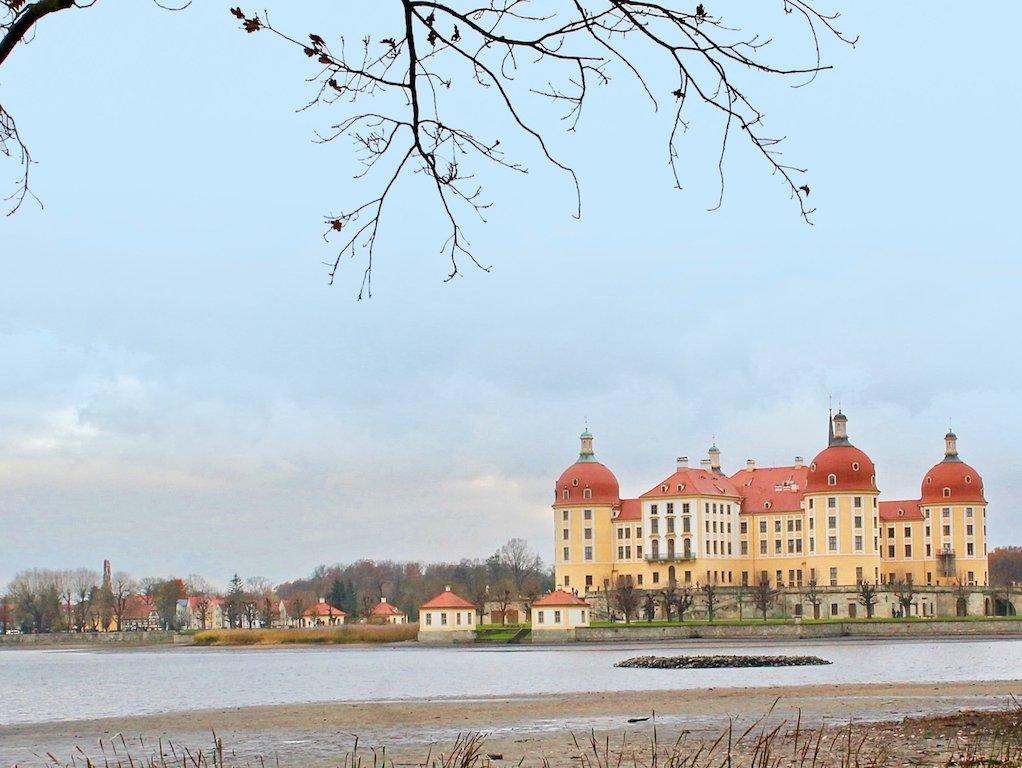 Drehort Drei Haselnüsse für Aschenbrödel Drehort Schloss Moritzburg