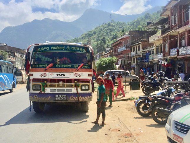 Reise nach Nepal: Bus nach Bandipur