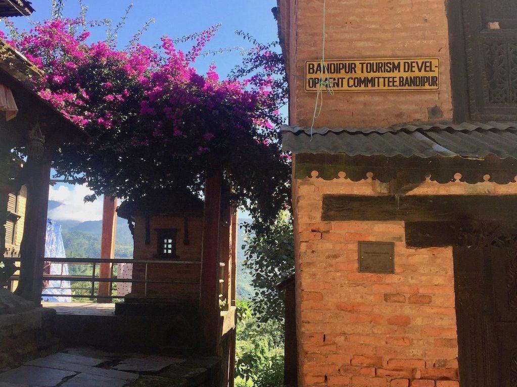 Reise nach Nepal: Bandipurs Blumen
