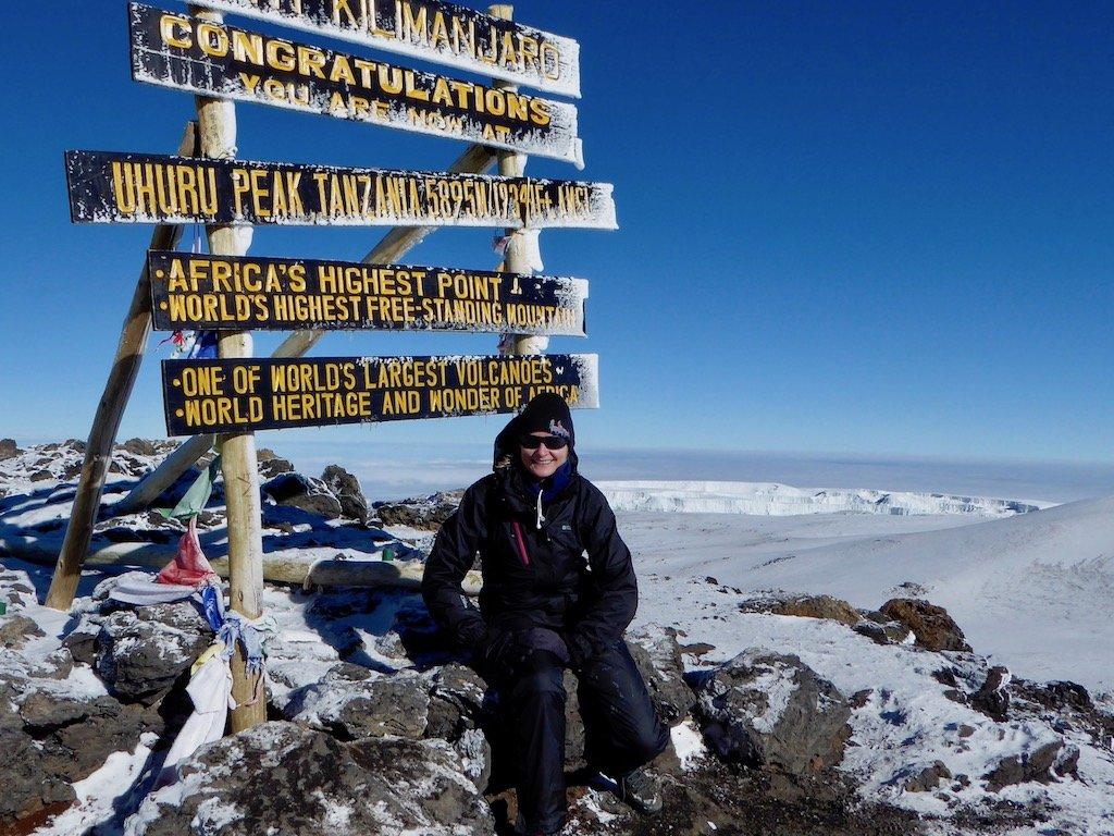 Kilimandscharo-Besteigung: Geschafft! Kerstin auf dem Gipfel