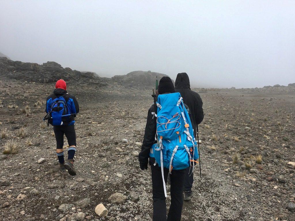 Kilimandscharo-Besteigung, Tag 3: Unterwegs mit dem Tagesruck