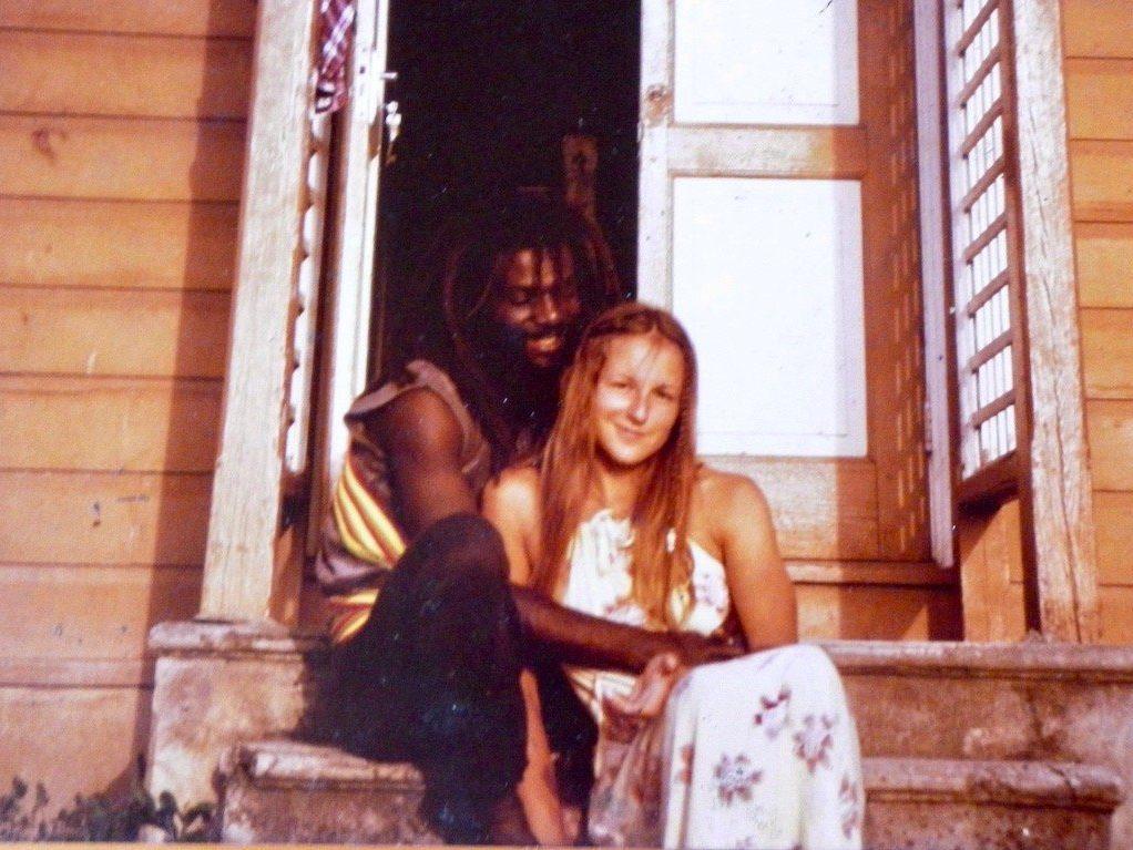 Leben in der Karibik: Johanna und ihr Freund 1984 zu Besuch auf Grenadas Nachbarinsel Carriacou