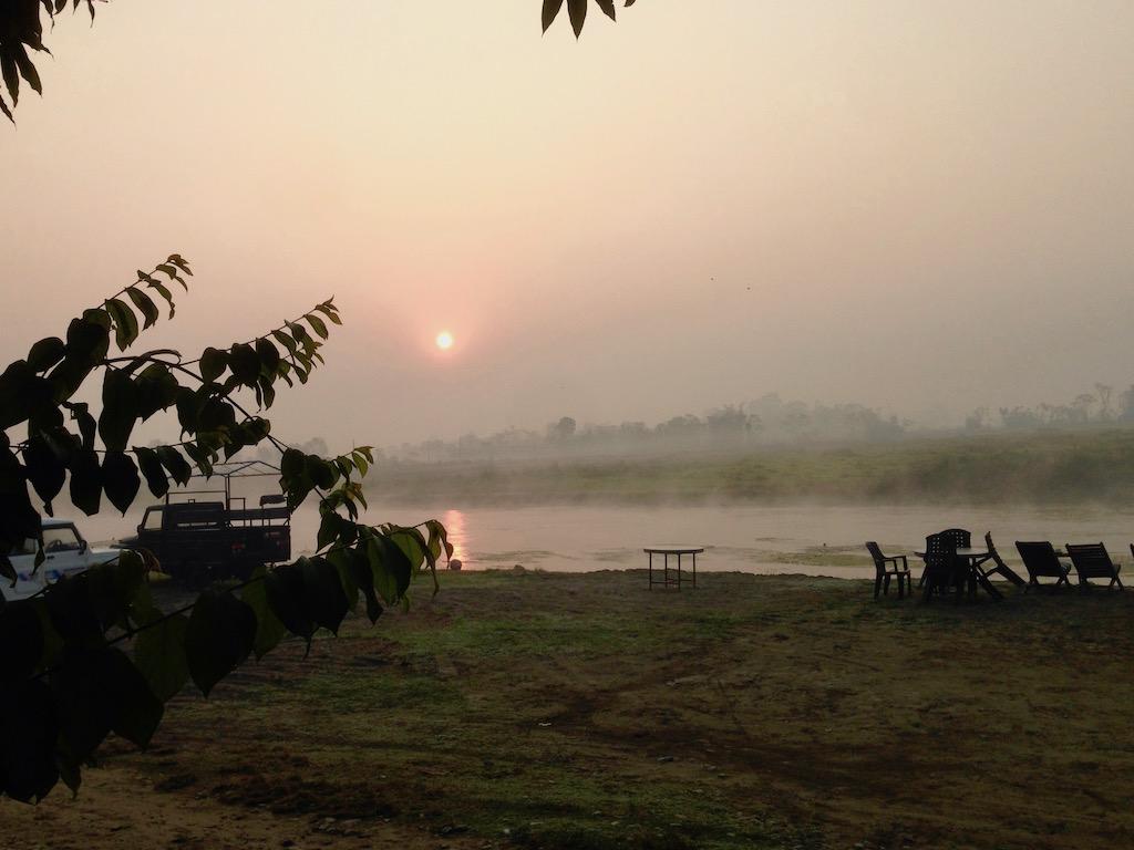Sonnenaufgang in Nepals Naturparadies