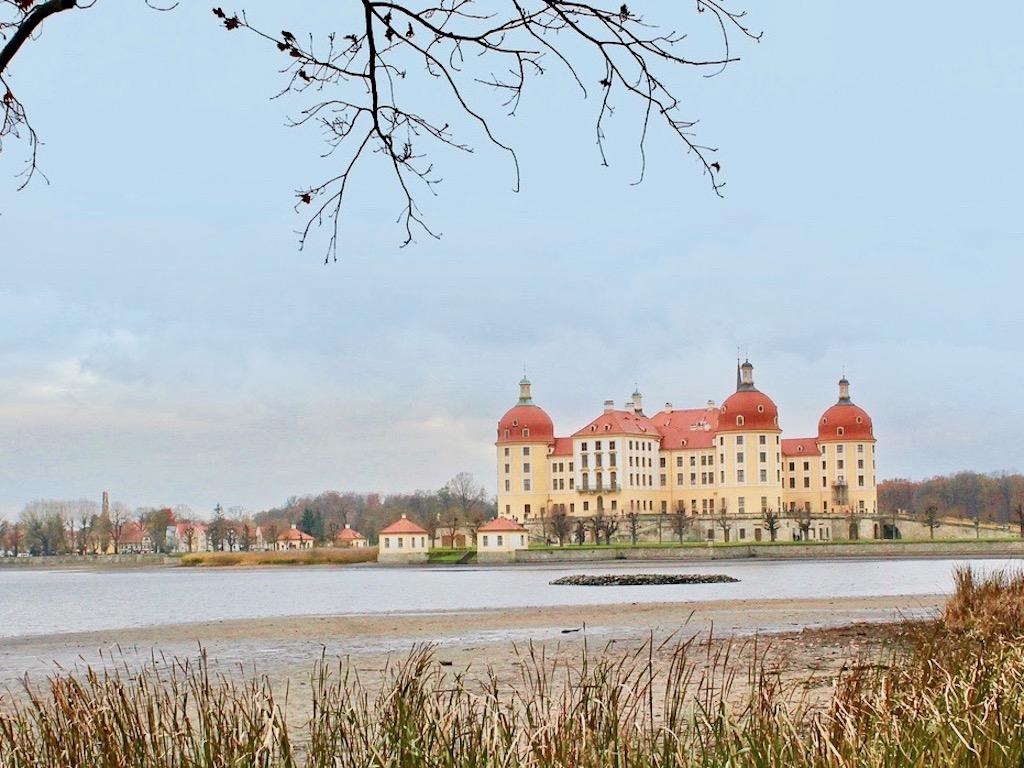 Drei Haselnüsse für Aschenbrödel Drehort Schloss Moritzburg