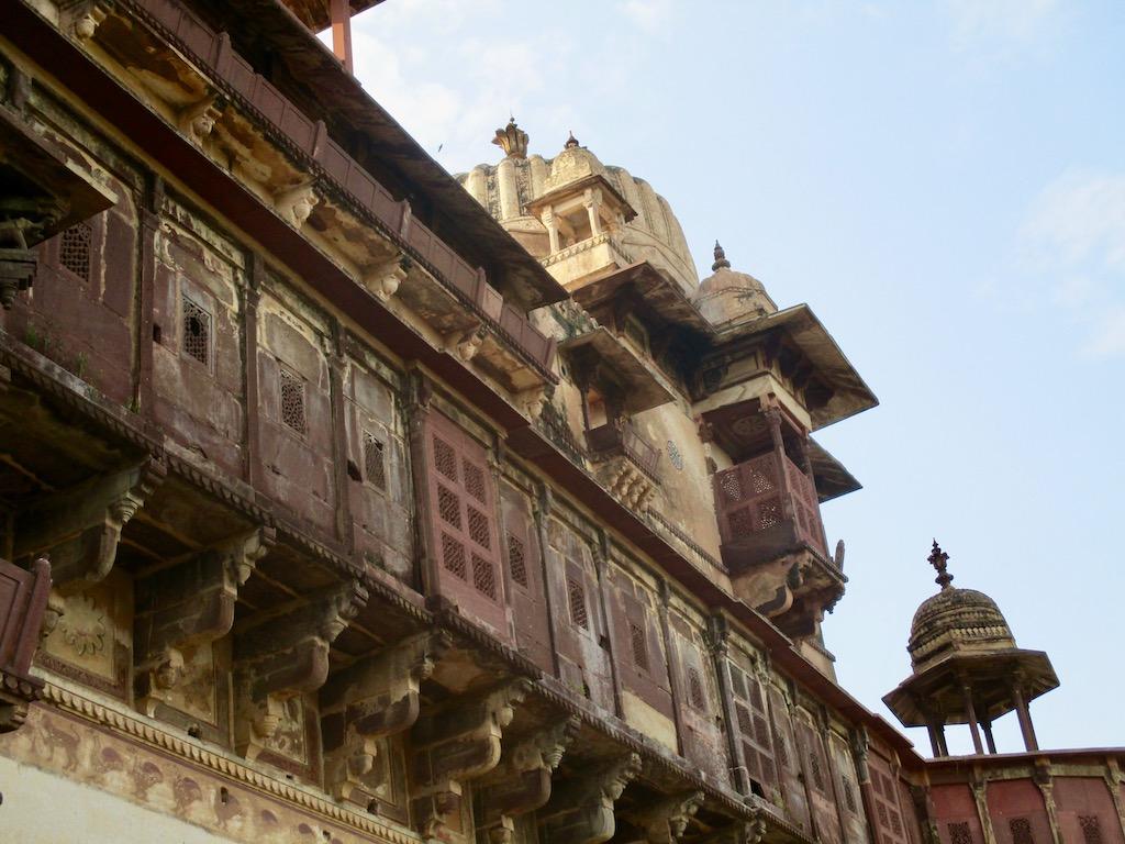 Die Paläste und Tempel in Orchha zählen zu den Top Indien Sehenswürdigkeiten