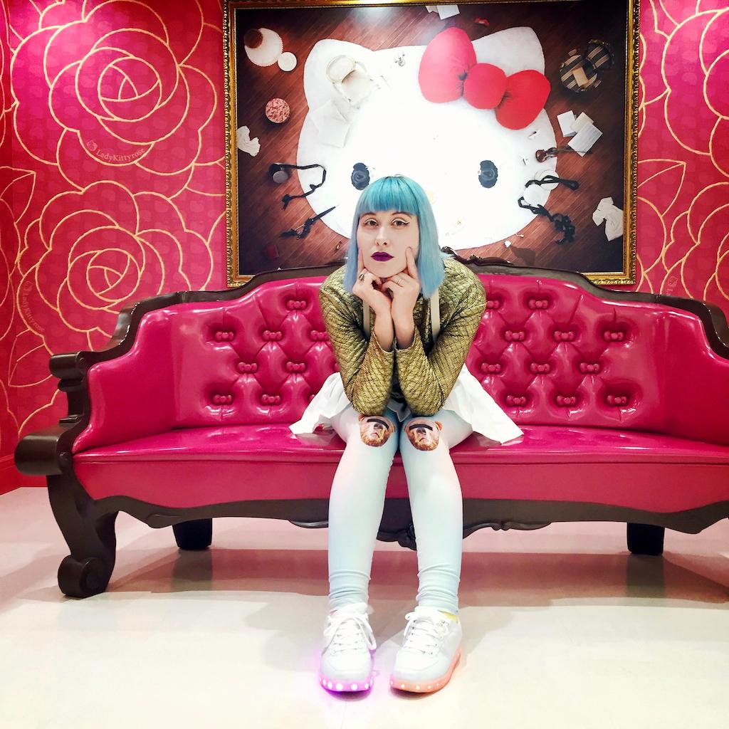 Typisch Japan: Anji im Kitty-Land