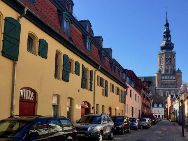 Greifswald Sehenswürdigkeiten: Dom von Hunnenstraße aus
