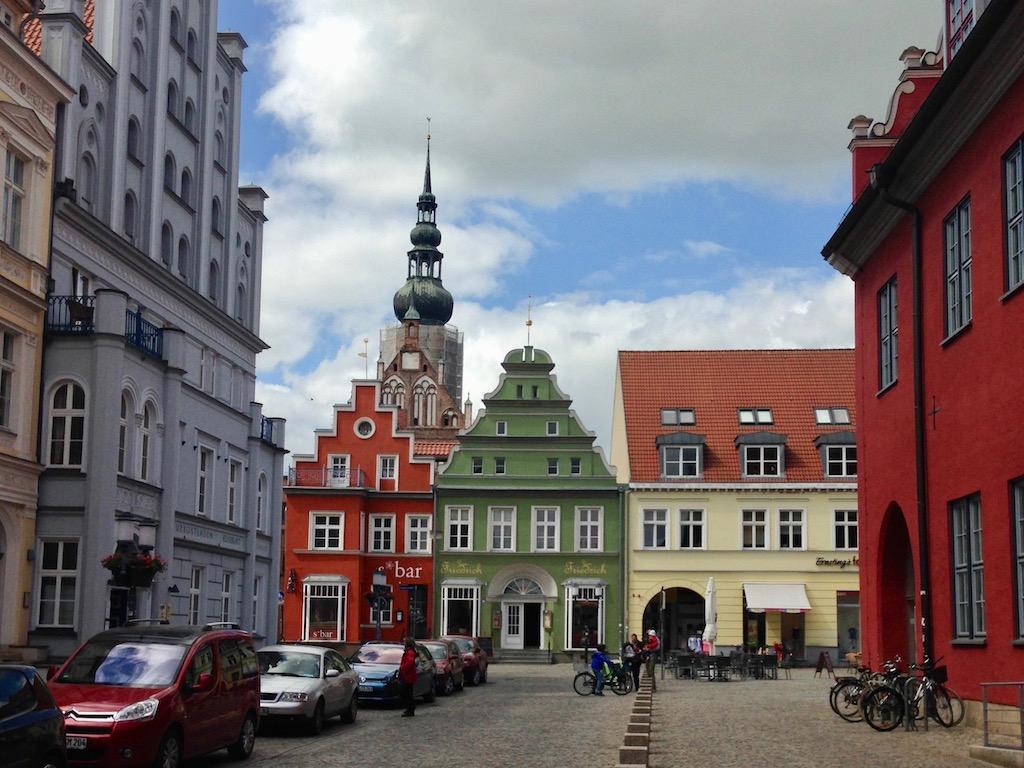 Greifswald Sehenswürdigkeiten: Dom hinterm Fischmarkt