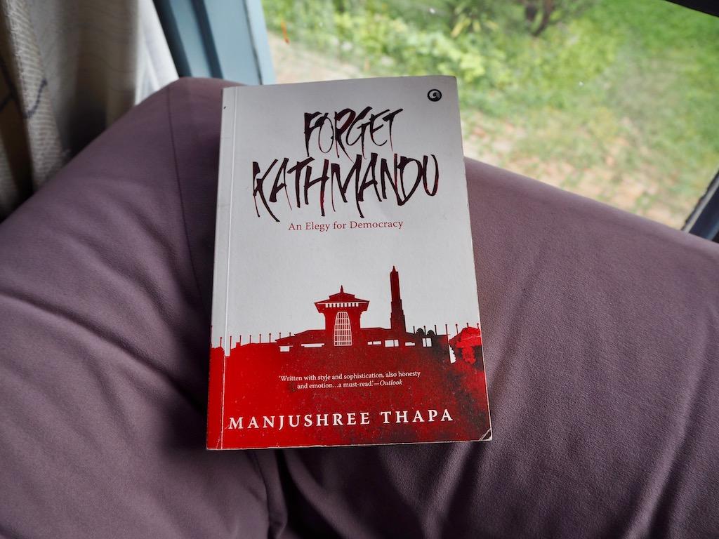 Buch Forget Kathmandu