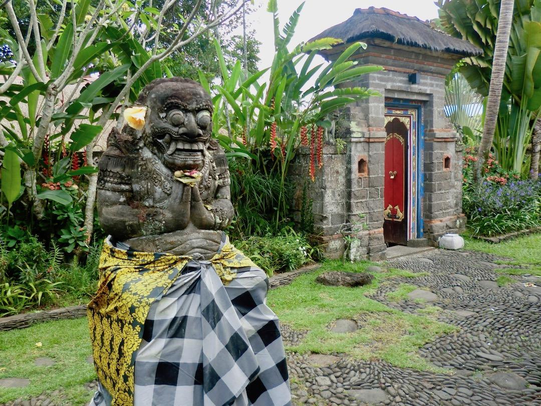Eine von unzähligen Statuen in Ubud