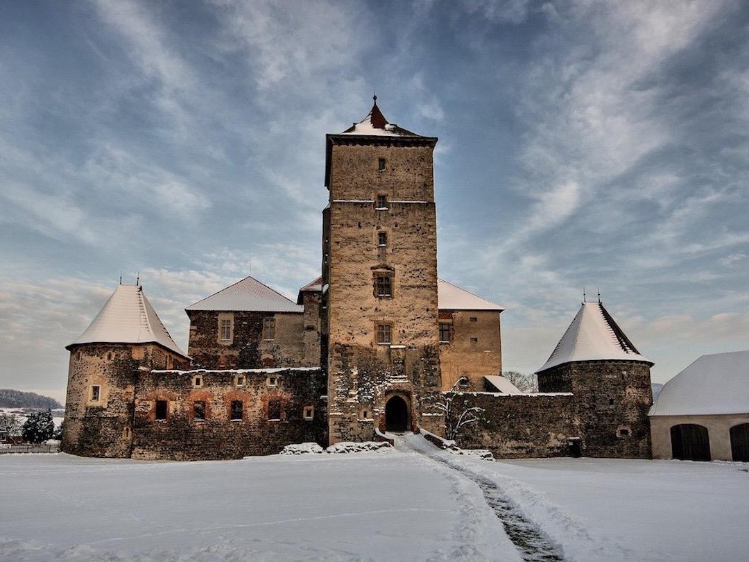 Drei Haselnüsse für Aschenbrödel Burg Švihov