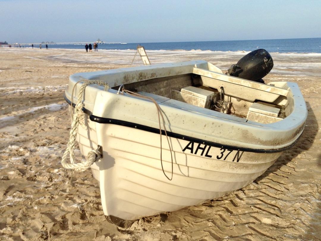 Boot am Strand von Heringsdorf
